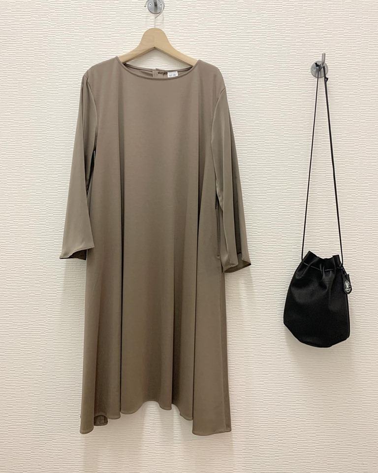 si:m 2019A/W 新作ワンピース
